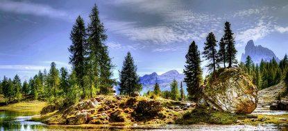 Becco Di Mezzodi Dolomites Mountains Lake