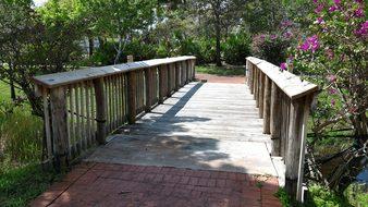 Bridge, Garden, Kelowna, Bc, Canada