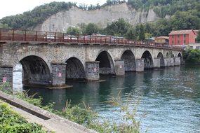Bridge Azzone Visconti, Bridge, Arches
