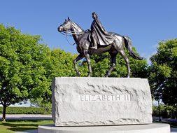 Queen Elizabeth Statue Ottawa Canada Landm