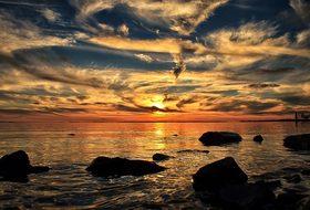 Sunset Sundown Dorval Quebec Canada Montre