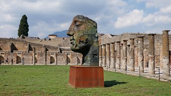 Pompeii Statue Naples Italy Ruins Landmark