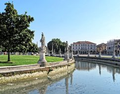 Italy Padua Gardini Statues Pope River Pad