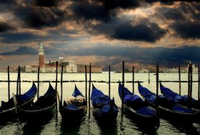 Venice Gondolas Italy Venezia Canale Grand